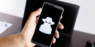 hackers spy on you with phone camera and mic